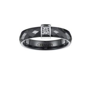 Anillo de diamante y cerámica