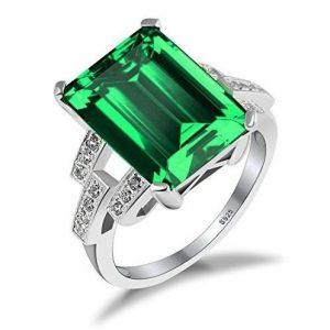 Elegante anillo con diamante grande
