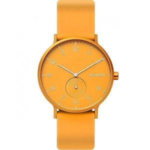 Reloj moderno de mujer analógico